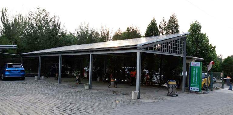 首页 合作案例 分布式光伏电站案例  安装太阳能光伏车棚,就选择远方